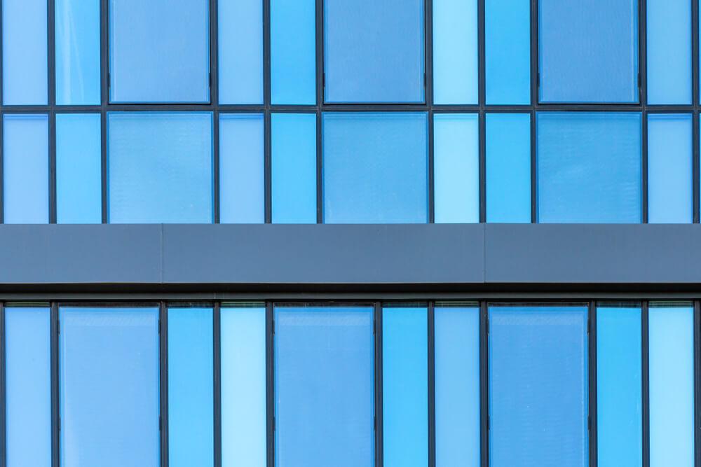 Zaštitne sigurnosne folije na poslovnim objektima 2 - Broutality